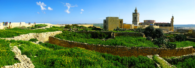 In Victoria (Ir-Rabat), you cannot miss out the Citadel © Peter Vanicsek